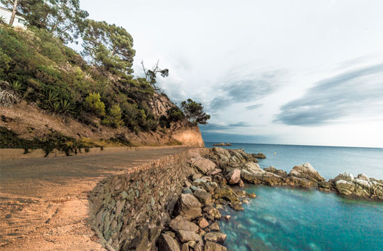 Holidays near the Costa Brava's most beautiful beaches