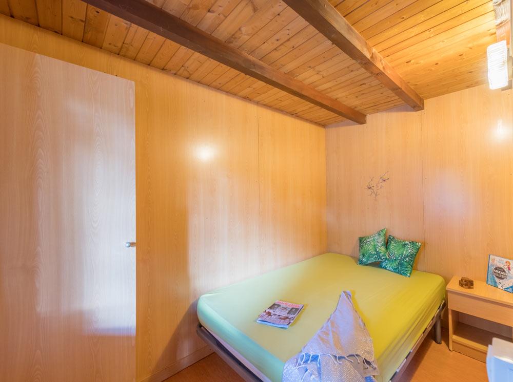 Miete Holzchalet für 2 Personen mit Terrasse: 25 m², 1 ...