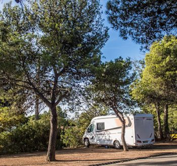 location emplacement camping car